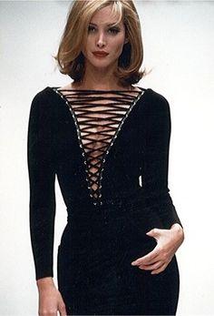 Christy Turlington - Gaetano Navarra Runway Show, 1992'