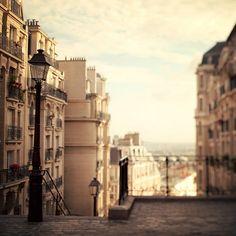 Paris light ♥  (Irene Suchocki)