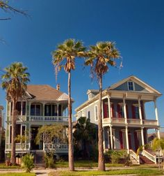 These are the best places to relax if you're looking for a beach vacation: Galveston, Texas. See more here.