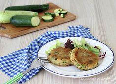 Semplici e deliziosi i Burger di zucchine tutti vegetariani per un secondo leggero e saporito, ottimi anche per farcire un buonissimo panino