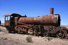Uyuni, Bolivia 4x4, Nissan, Galapagos Islands, Biomes, Sea Level, Uyuni Bolivia, Military Vehicles, South America, Trains