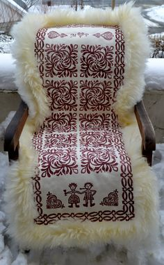 DSC_0247 Sheepskin Rug, Flocking, Textile Design, Scandinavian, Projects To Try, Stamps, Textiles, Crafty, Blanket
