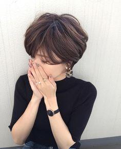 Pin on Hair & Beauty Asian Short Hair, Short Brown Hair, Short Hair Cuts, Bob Haircut For Fine Hair, Pixie Haircut, Pixie Hairstyles, Pretty Hairstyles, Hairstyles 2018, Popular Short Haircuts