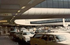 1970 airport | Travel: What Airports Looked Like in the 1970s | Ultra Swank