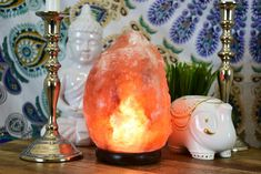 - Best Quality Himalayan Salt Lamp. Comes with a bulb and a wire with on off switch. - Size: 6 to 7 Inch - Weight: 3.0 to 5.0 lbs Salt used in Salt Lamps comes from the mountain regions of Himalaya. S