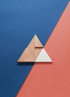 Geometric shapes and lines with a two tone colour palette. #artdirection #twotone #colour