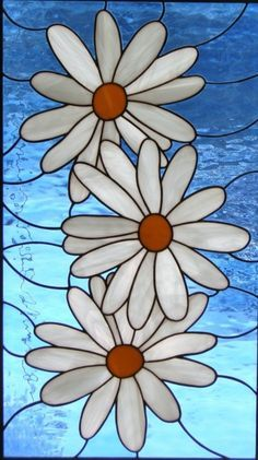Stain glass and the emphasis of three is very gothic. Stained Glass Suncatchers, Faux Stained Glass, Stained Glass Lamps, Stained Glass Panels, Stained Glass Projects, Mosaic Glass, Mosaic Art, Fused Glass, Glass Painting Patterns