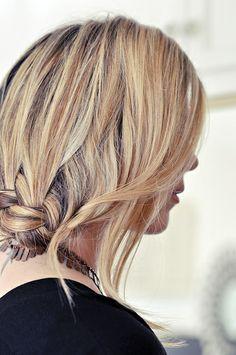 loose side braid tutorial