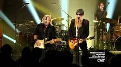 joe walsh and billy gibbons - life inthe fast lane ( zz top) - YouTube