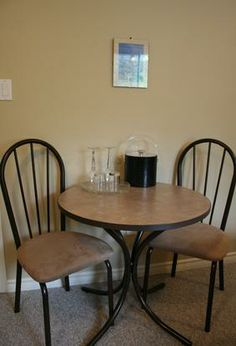 Hydrangea Room At The Funky Frog BnB Is Equipped With A Dining Table So You