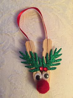 Peg reindeer ornament Clothespin Cross, Christmas Crafts For Adults, Reindeer Or… - Rentier basteln Christmas Crafts For Adults, Kids Christmas Ornaments, Homemade Christmas Gifts, Xmas Crafts, Craft Stick Crafts, Handmade Christmas, Christmas Diy, Adult Crafts, Tree Crafts