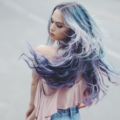 Sometimes you just wanna play hairdresser for the day. And film the whole process. I dyed my hair into this magical mermaid mane using new unicorn hair dye. I used the shades Sext, Blue Smoke, and Bunny Lavender Hair, Lilac Hair, Blue Hair, Beautiful Hair Color, Cool Hair Color, Hair Colour, Dye My Hair, Icy Hair, Unicorn Hair Color