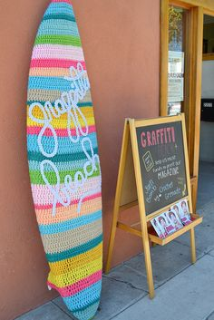 Yarn Bomb by Crochet Grenade ❥ // hf surfs up but how do we get the surfboard cosy your gran made Knit Art, Crochet Art, Love Crochet, Crochet Patterns, Yarn Bombing, Surfboard Covers, Home And Deco, Knitting Yarn, Pom Poms