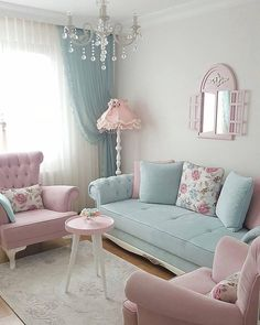 Cozy and Colorful Pastel Living Room Interior Style 28 Pastel Living Room, Shabby Chic Living Room, Cozy Living Rooms, Shabby Chic Homes, Home Living Room, Living Room Designs, Living Room Decor, Bedroom Decor, Shabby Chic Apartment