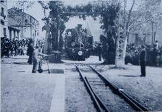 Viaje inaugural de la locomotora en la estación de Arnedo.(Foto Bella)