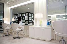 Esclava salon (all white and leather)