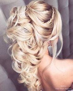 Elstile Wedding Hairstyles for Long Hair / http://www.deerpearlflowers.com/wedding-hairstyles-for-long-hair/4/