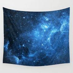 Odanıza kozmik bir hava katmak için galaksi temalı bir güneşlik kullanmanız yeterli.