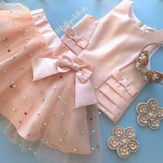 Designer Customized Wears Fashion, Design your own style for Mens Wear, Womens Wear, and Kids Wear. Frocks For Girls, Little Girl Outfits, Baby Outfits, Little Girl Dresses, Kids Outfits, Girls Frock Design, Baby Dress Design, Baby Frocks Designs, Kids Frocks Design