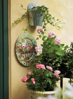 This balcony is a beautiful garden. Lots of inspiration. Beautiful Gardens, Beautiful Flowers, Outside Seating, Rose Cottage, Garden Cottage, Balcony Design, Interior Plants, May Flowers, Balcony Garden