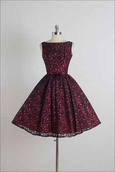 Price of Fame . vintage 1950s dress . 50s by millstreetvintage