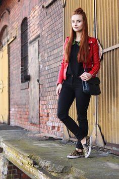 LubięCzerń: Czerwona ramoneska i panterkowe buty