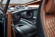 Bentley EXP 10 speed 6 - The all-new Bentley EXP 10 Speed 6 concept car by Bentley boasts timeless style and design with a sleek silhouette and a forest green exterior. Thi...