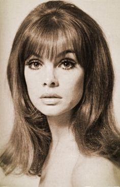 Jean Shrimpton  (Scan thanks to Jane Davis)