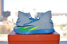 Nike HyperRev White/Vivid Blue (3). The HyperRevs are growing on me...