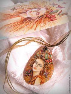 Купить Кулон роспись по камню Бабочки.по камню, купить кулон в москве, кулон роспись на камне, лаковая миниатюра, кулон с росписью, кулон натуральный камень, подарок девушке женщин, подарок любимой, украшение на шею, подарок на юбилей, кулон роспись купить, роспись по камню купить, купить кулон с бабочками, кулон розовый кварц, роспись на камне кулон, роспись на кварце, кулон купить кулон, миниатюрная живопись, кулон роспись бабочки