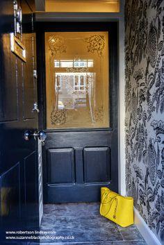 Chic vestibule hall design wallpaper black and white. Sally Homan. Robertson Lindsay Interiors