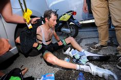 Cycling Photos @Passion_Cycling Esto es lo que pasa cuándo lo das todo... #TDF  This is what happens when there is nothing left in the tank... #TDF