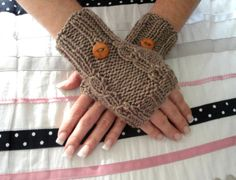 Fingerless Gloves Knitting Pattern Yarn Over by ToppyToppyKnits
