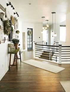 Black stair rails with white post