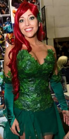 Comic Con Poison Ivy cosplay costume 5d0740e2b6e1c
