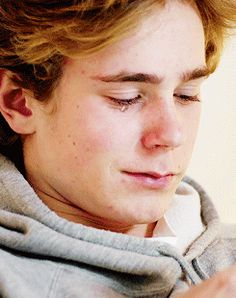 I loved that moment, because isak finally got the wanted acceptance from his mum, and that mustve felt so good for him. It makes me happy