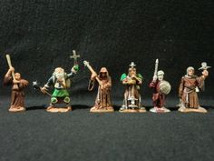 Dungeons & Dragons Miniatures - 6 Assorted Cleric Characters - Ral Partha !!