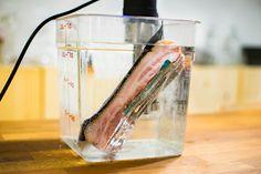 EC: Sous Vide Bacon Is Crispy and Tender at the Same Time Bulk Cooking, Sous Vide Cooking, Cooking Gadgets, Cooking Recipes, Cooking Kale, Instant Pot Sous Vide, Joule Sous Vide, Modernist Cuisine, World's Best Food