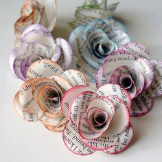 11 DIY Deko aus Papier Diy Paper Crafts diy paper arts and crafts Flower Crafts, Diy Flowers, Book Flowers, Pretty Flowers, Flower Ideas, Real Flowers, Handmade Flowers, Colorful Flowers, Paper Mache Flowers