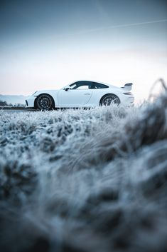 My mood series with the 911 Winter Photography, Car Photography, Car Photos, Nice Photos, Wallpaper Earth, Winter Car, Winter Wallpaper, Porsche 911 Gt3, Automotive Photography