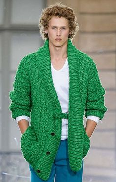 Etsy の MADE TO ORDER men hand knitted cardigan by BANDofTAILORS
