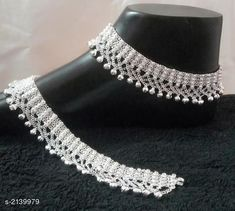 Anklets: Free COD WhatsApp for Booking and Enquiry Variable material: . Payal Designs Silver, Silver Anklets Designs, Anklet Designs, Gold Ring Designs, Gold Earrings Designs, Gold Jewellery Design, Silver Payal, Ankle Jewelry, Bridal Jewelry