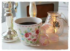 Simone White latte cup
