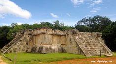 #chichenitza #historia #cultura #maya #tour #Playadelcarmen #caribe #rivieramaya #storia #mexico #viaggi #avventure #bedandbreackfast #castillo #piramidemaya #mar #caraibi #mare #sole #vacaciones #relax #playa #tradizioni #ff #paradise #instagood #instacool #rovine #osservatorio #pelota #yucatan #lovemexico #artigianato