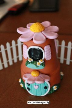 Fairy Garden Starter Kit with house Polymer Clay por GnomeWoods Polymer Clay Fairy, Fimo Clay, Polymer Clay Projects, Polymer Clay Creations, Clay Fairy House, Gnome House, Fairy Houses, Clay Jar, Clay Fairies