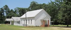 """21: """"Dream That Solved a Murder"""": The body of W. C. Smith, the black operator of a filling station in Wadley, Georgia, was found behind the Primitive Baptist Church on January 10, 1942. After two weeks, the victim's 8-year-old daughter Mary came to the police saying she had a dream in which her father came to her and said he was murdered by three men."""