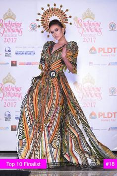 Philippines Outfit, Philippines Fashion, Philippines Culture, Modern Filipiniana Gown, Filipino Fashion, Pageant Gowns, Costume Dress, Traditional Dresses, Playing Dress Up