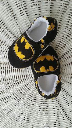 Batman Baby Shoes, Batman Baby Moccs, Batman Crib Shoes  Perfect for your baby or a wonderful gift for family and friends. Marley Ocean elastic back crib shoes stay on wiggly little feet, from newborns to little walkers, and are designed for comfort, style, and hassle free wear. Can be worn with or without socks. Lining seams concealed, eliminating irritation and discomfort. Fully reinforced seams and topstitching for added durability. Soft sole shoes promote foot coordination, balance, and…