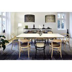 Jednoduchost a moderní design to vše nabízí závěsné svítidlo LINON.