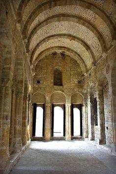 Interior Sta.Maria del Naranco (Pre Románico español)  Oviedo  Asturias  Spain